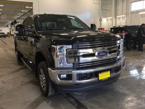 Pre-Owned 2018 Ford Super Duty F-350 SRW LARIAT Four Wheel Drive Pickup Truck