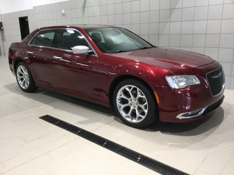 Pre-Owned 2017 Chrysler 300 300C Platinum Rear Wheel Drive 4dr Car
